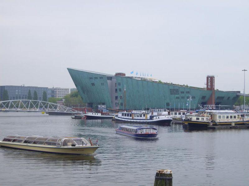 evropski-gradovi/amsterdam/amsterdam-muzej-nemo.jpg