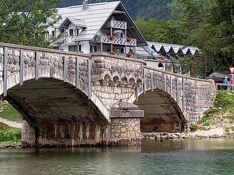 Slovenija Most