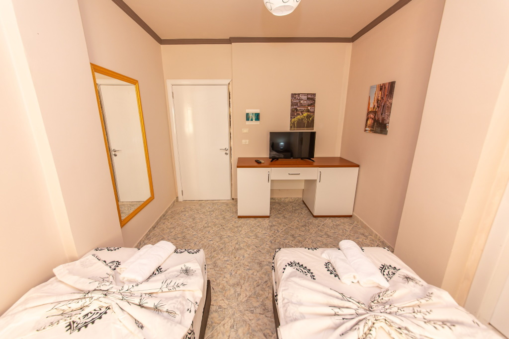Hotel Fiore Drač Albanija singl soba