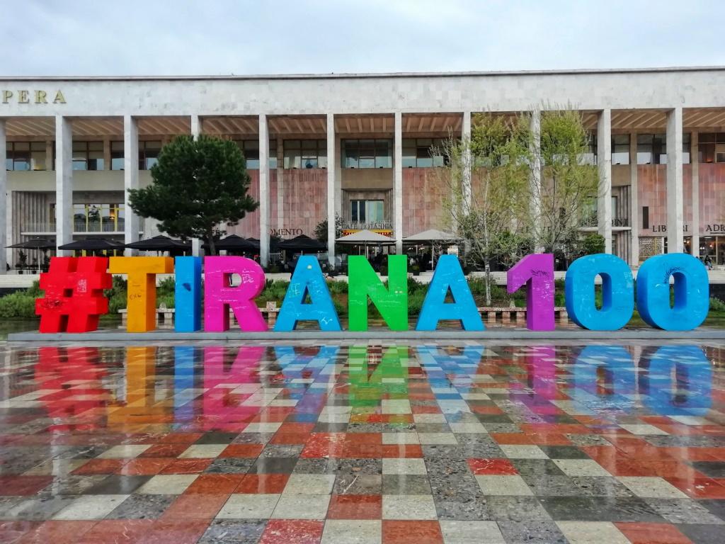 Tirana Jeftino