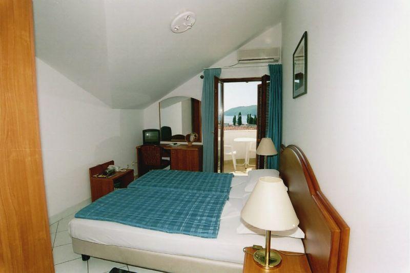 letovanje/crna-gora/budva/hotel-aquamarin/hotel-aquamarin-3.jpg