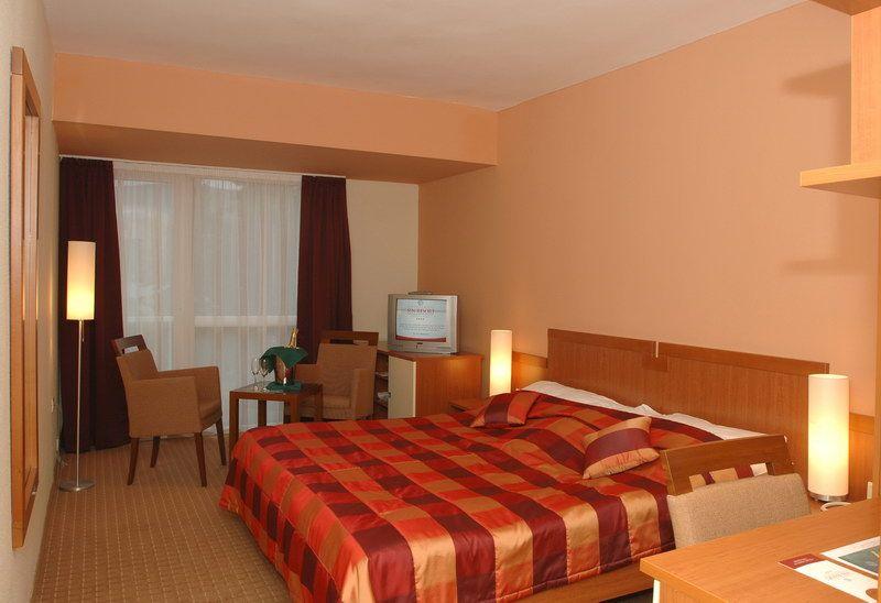 letovanje/crna-gora/herceg-novi/sun-resort/hunguest-hotel-sun-resort-1.jpg