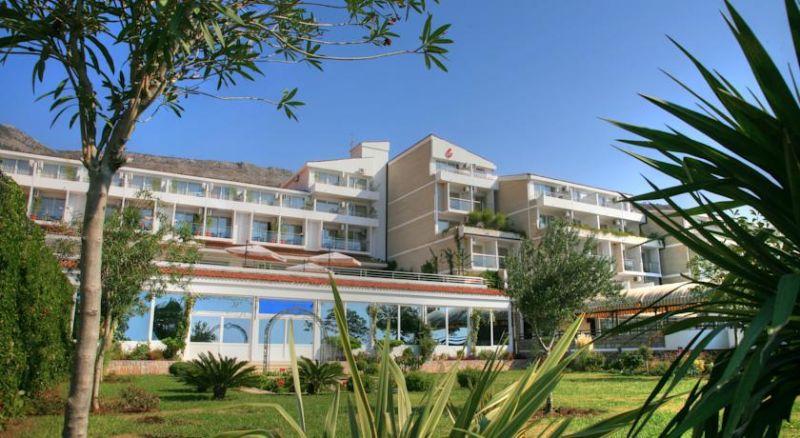 letovanje/crna-gora/petrovac/hotel-palas/hotel-palas-1.jpg