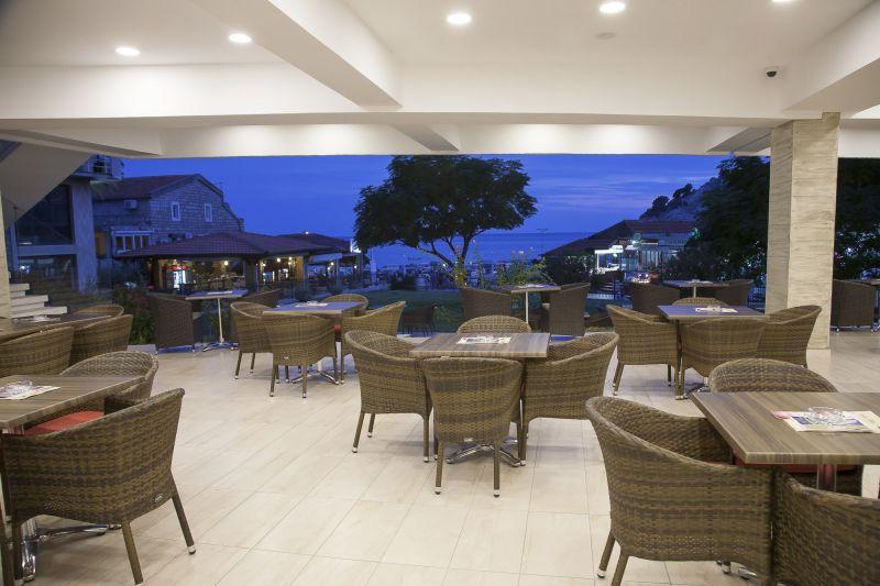 letovanje/crna-gora/sutomore/hotel-sato/restoran3.jpg