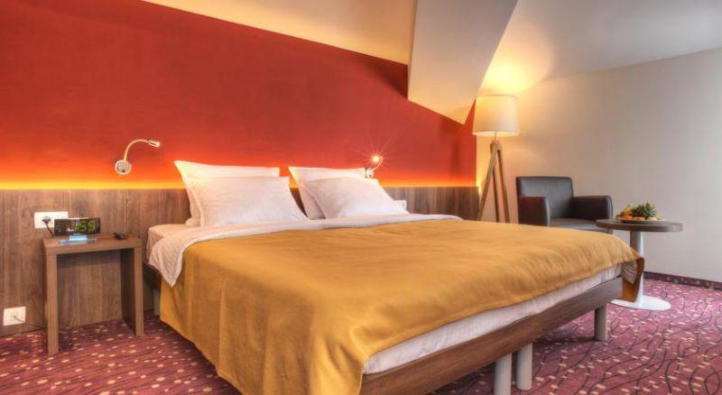 letovanje/crna-gora/tivat/hotel-pine/hotel-pine-5.jpg
