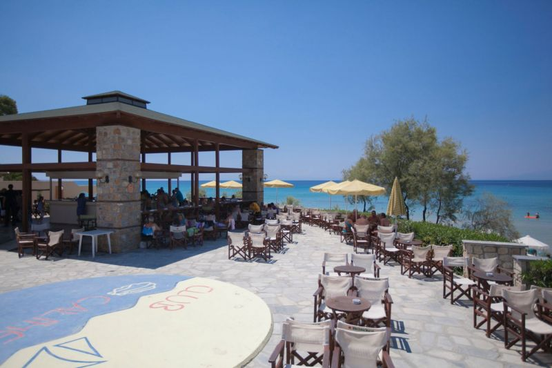 letovanje/grcka/grcka-hoteli/kasandra/nea-fokea/hotel-simantro-beach/hotel-simantro-beach-11.jpg