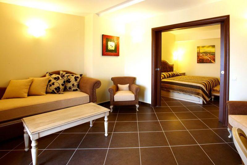 letovanje/grcka/grcka-hoteli/kasandra/nea-potidea/potidea-palace-4/potidea-palace-1.jpg
