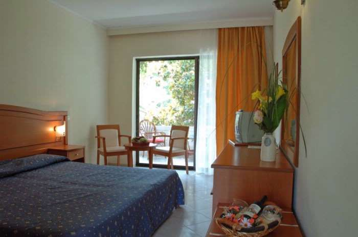 letovanje/grcka/grcka-hoteli/sitonija/nikiti/profi-beach-3/porfi-beach-3-1.jpg