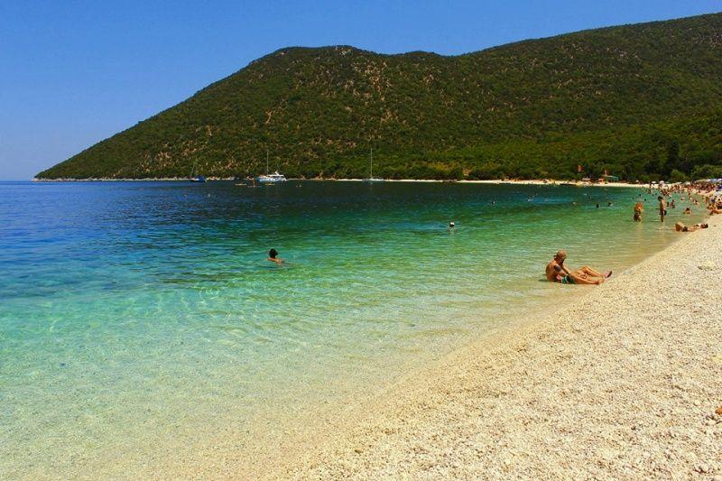 letovanje/grcka/kefalonia/kefalonija-antisamos-beach.jpg