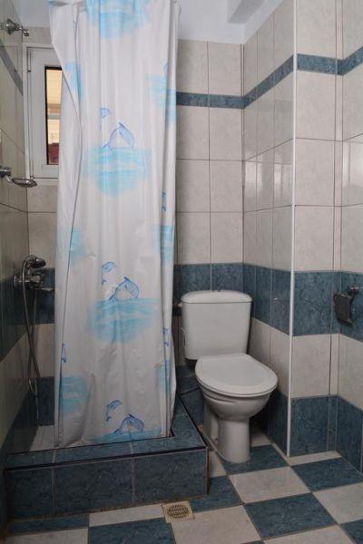 letovanje/grcka/olympic-beach/vila-hermes/hermes-kupatilo-3.jpg