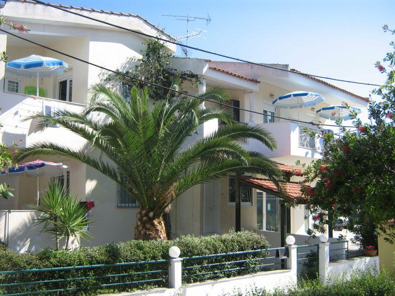 letovanje/grcka/pefkohori/apartmani-i-studia-dimitris-flower/apartmani-i-studia-dimitris-flower-11.jpg