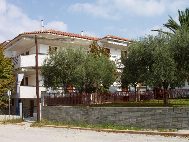 letovanje/grcka/polihrono/apartmani-eleni/apartmani-eleni-1.jpg