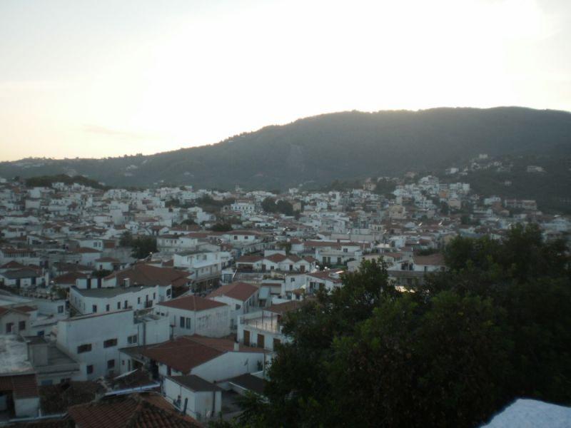 letovanje/grcka/skiatos/skiatos-grad-panorama.jpg