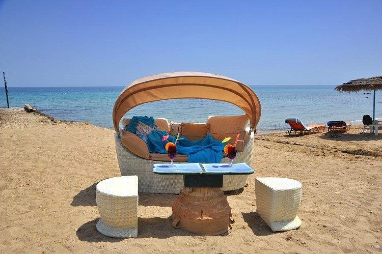 letovanje/grcka/zakyntos/zakyntos-porto-kaminia-beach-bar.jpg