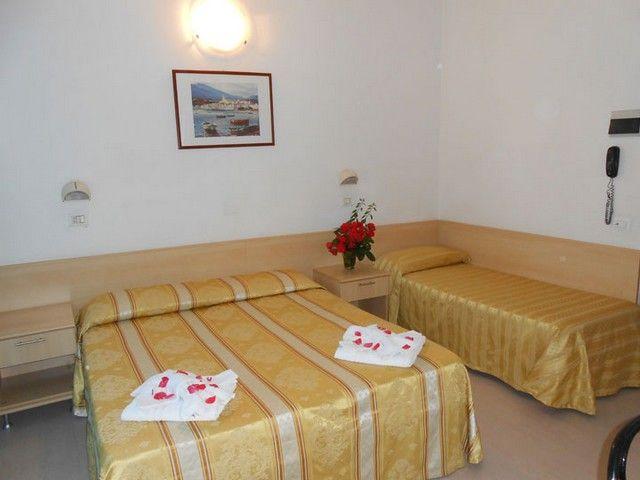 letovanje/italija/rimini/hotel-new-primula/camera5.jpg