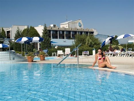 spa-wellness/terme-catez/hotel-terme/terme05.jpg