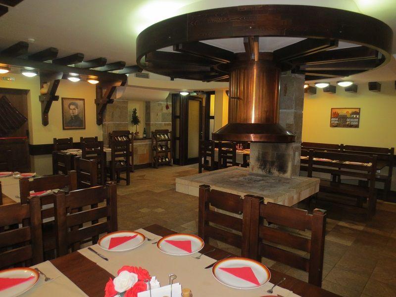 zimovanje/bugarska/bansko/famil-hotel/famil-bansko-zima-restoran.jpg