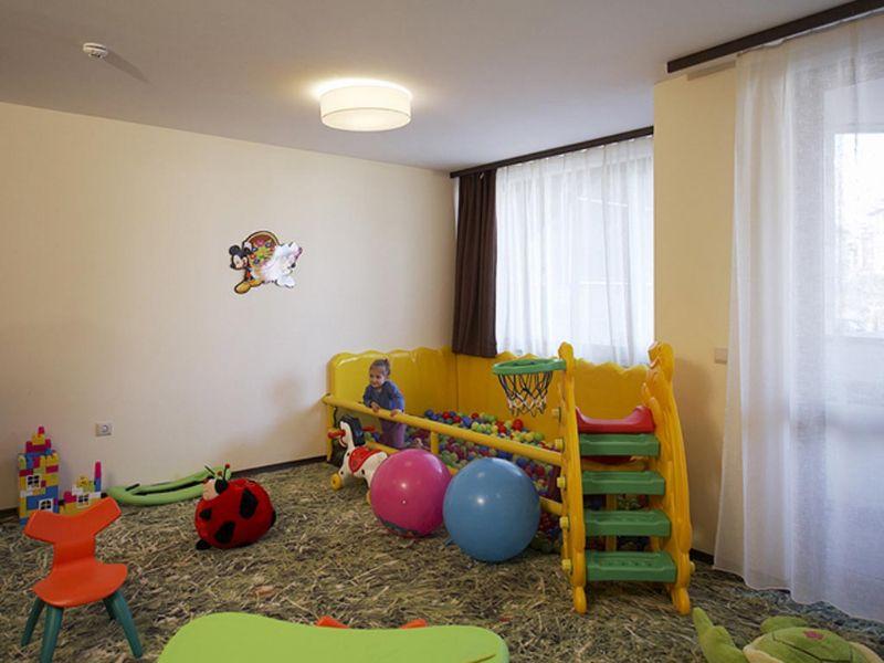 zimovanje/bugarska/bansko/hotel-perun-lodge/kids-room-pl.jpg