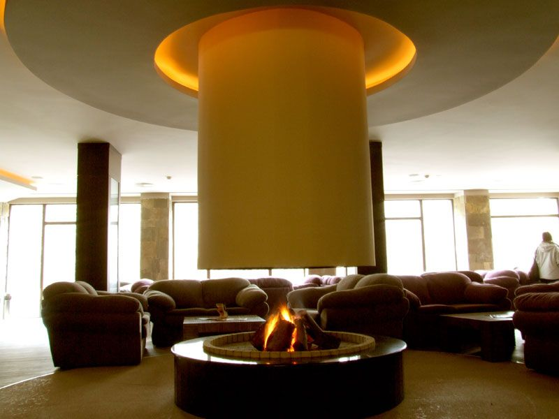 zimovanje/bugarska/bansko/park-hotel-gardenia/lobby-kamin-big.jpg