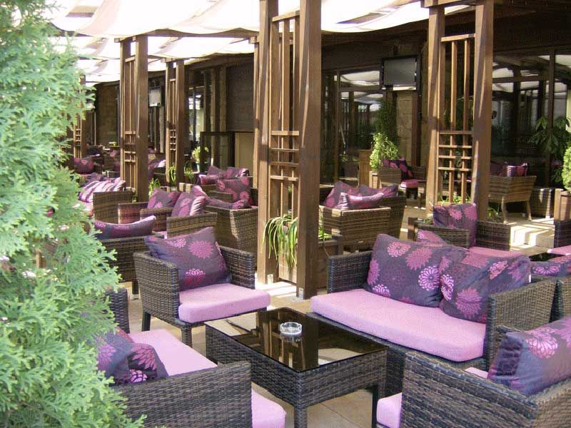 zimovanje/bugarska/bansko/park-hotel-gardenia/summer-garden-big.jpg